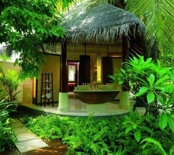 Peaceful green hut